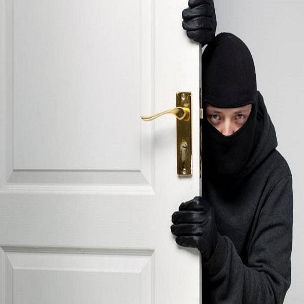 سرقت در قانون چه مجازاتی دارد؟